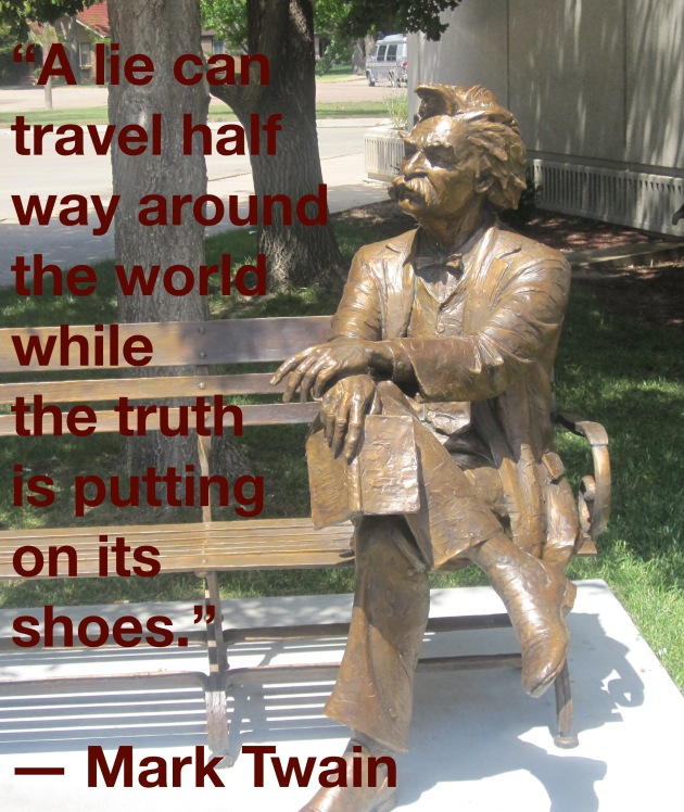 Mark_Twain_statue,_Garden_City,_KS_IMG_5875